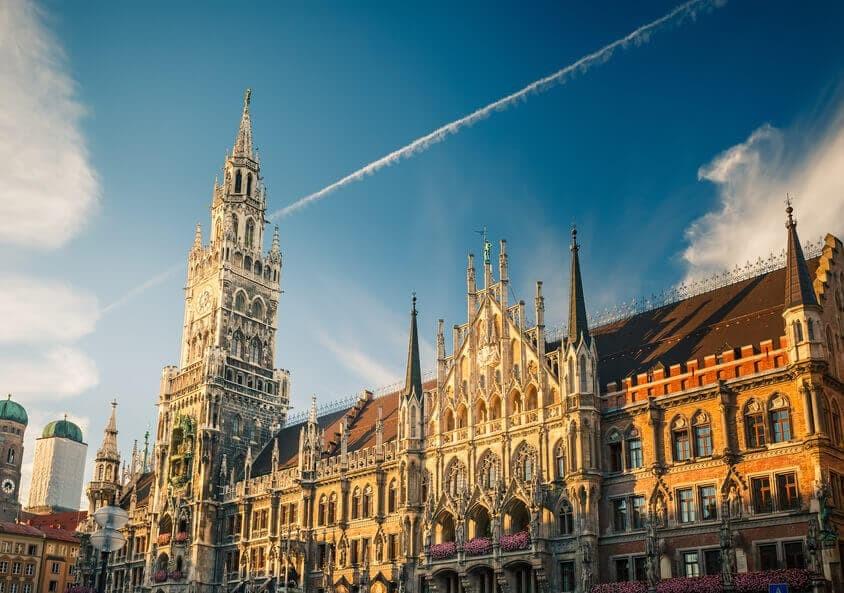 Weihnachtsmann mieten buchen Muenchen München
